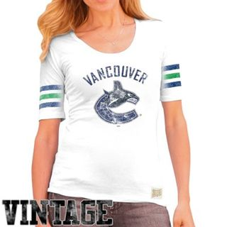 Canucks t